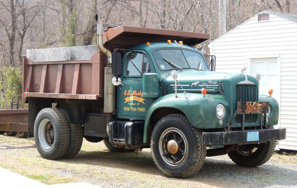 Mike Brown Dodge >> Antique Truck Pictures | Classic Truck Pictures | Vintage ...